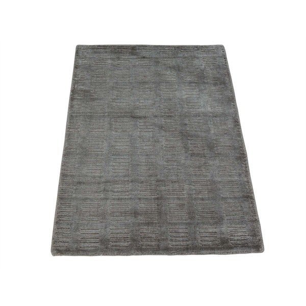 Hand-loomed Viscose Rayon from Bamboo Tone on Tone Modern Oriental Rug - 2' x 3'