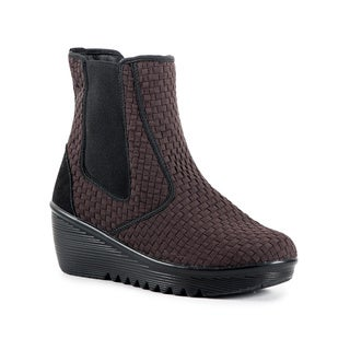 Heal USA Women's Audrey Wedge Booties