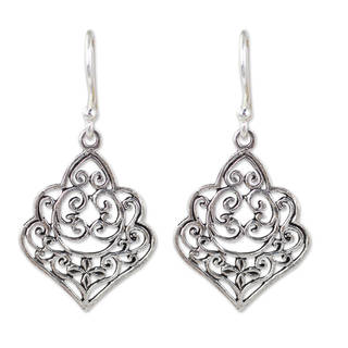 Handcrafted Sterling Silver 'Arabesque' Earrings (Thailand)