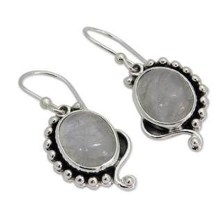 Handmade Sterling Silver 'Indian Paisley' Rainbow Moonstone Earrings (India)