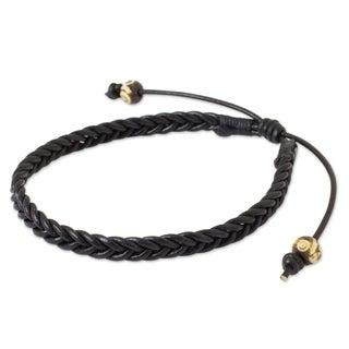 Handmade Men's Leather 'Single Black Braid' Bracelet (Thailand)