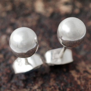 Handcrafted Silver 'Polished Sphere' Earrings (Peru)