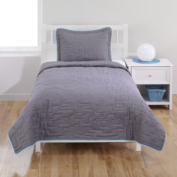 Castle Rock Grey Maze 2-piece Quilt Set
