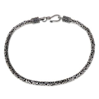 Handmade Men's Sterling Silver 'Borobudur Collection I Bracelet (Indonesia)