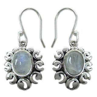Handcrafted Sterling Silver 'Fire Goddess' Moonstone Earrings (India)