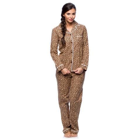 White Mark Women's Slim-Fit Cheetah Print Flannel Pajama Set