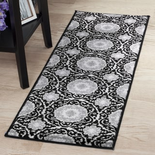 "Windsor Home Royal Damask Rug - Black - 1'8""x5'"