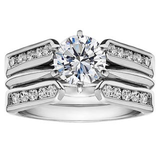 TwoBirch Sterling Silver 1ct Cubic Zirconia Solitaire Wedding Ring And Classic Guard Set