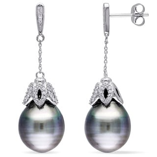 Miadora 10k White Gold Platinum Tahitian Pearl and 1/4ct TDW Diamond Dangle Earrings (G-H, I2-I3) (9.5-10 mm)
