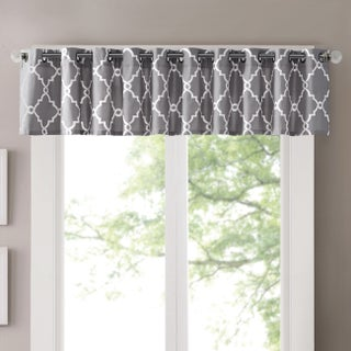 "Madison Park Westmont Grey/Beige Cotton-blend Fretwork Print Valance (Option: 50x18""-Grey)"