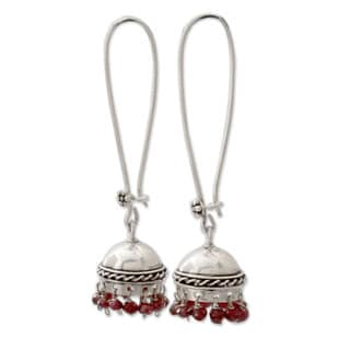 Handcrafted Sterling Silver 'Grand Tradition' Garnet Earrings (India)