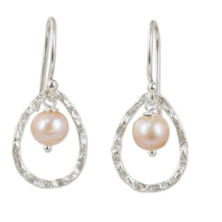 Sterling Silver 'Pink Moons' Pearl Earrings (7 mm) (Thailand)