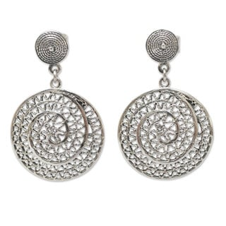 Handcrafted Sterling Silver 'Swirl' Earrings (Peru)