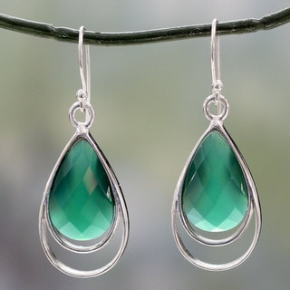 Handcrafted Sterling Silver 'Delhi Glam' Green Onyx Earrings (India)