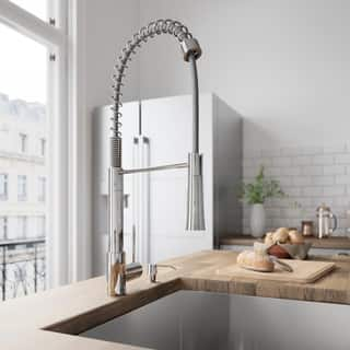 VIGO Laurelton Chrome Pull-Down Spray Kitchen Faucet|https://ak1.ostkcdn.com/images/products/10577741/P17653723.jpg?impolicy=medium