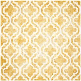 Safavieh Handmade Dip Dye Watercolor Vintage Gold/ Ivory Wool Rug (7' x 7' Square)