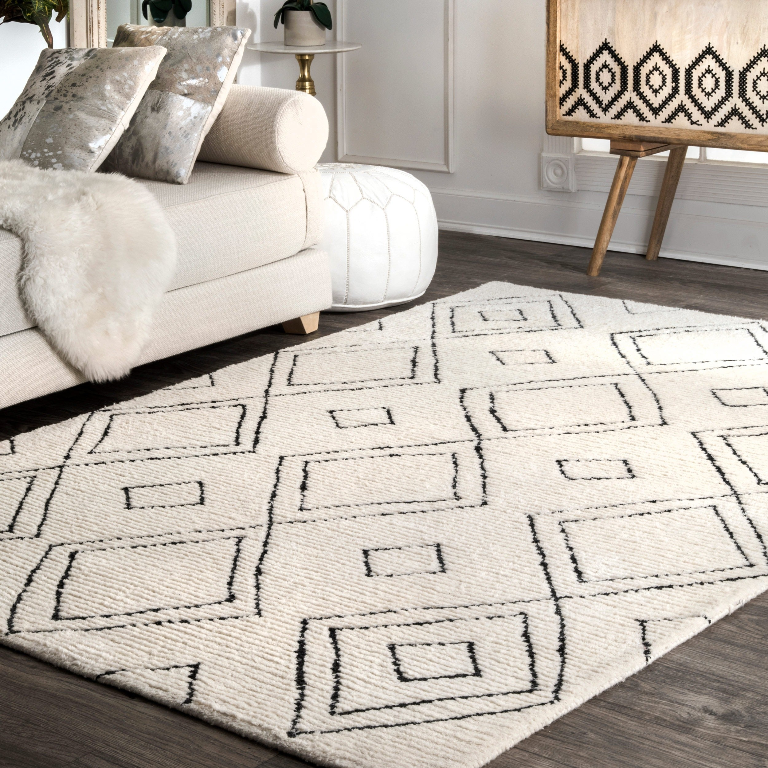nuLOOM Handmade Moroccan Diamond Trellis Wool Natural Rug (7'6 x 9'6)
