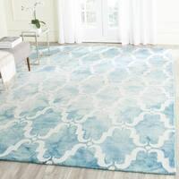 Safavieh Handmade Dip Dye Watercolor Vintage Turquoise/ Ivory Wool Rug - 7' Square