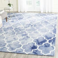Safavieh Handmade Dip Dye Watercolor Vintage Blue/ Ivory Wool Rug - 7' x 7' Square