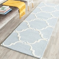 "Safavieh Handmade Cambridge Blue/ Ivory Wool Rug - 2'6"" x 10'"