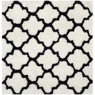 Safavieh Handmade Barcelona Shag White/ Black Trellis Polyester Rug (5' Square)