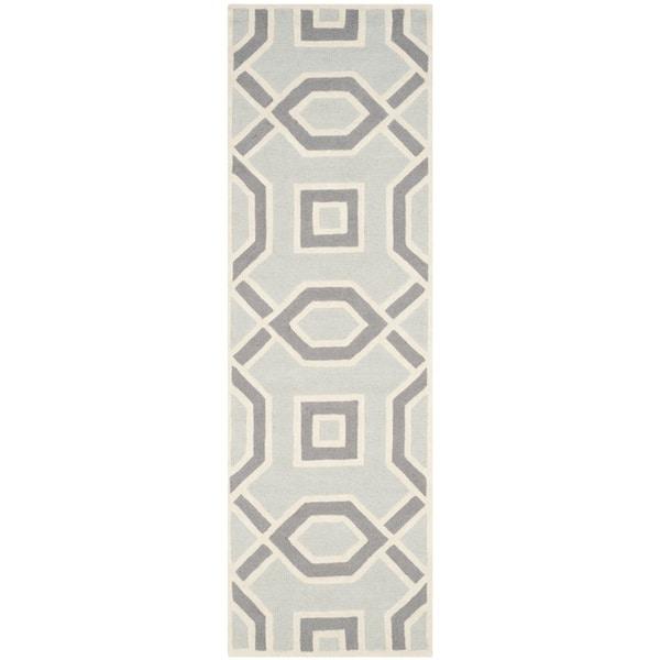 Safavieh Handmade Cambridge Grey/ Ivory Wool Rug - 2'6 x 8'