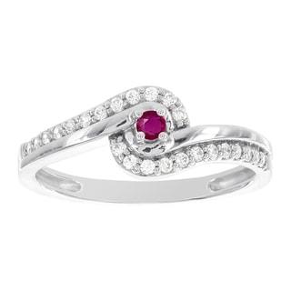 H Star 10k White Gold Ruby and 1/5ct TDW Diamond Promise Ring (H-I, I1-I2)