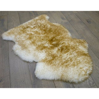 Northland Supreme Sheepskin Wool Single Pelt Shag Rug (2' x 3')