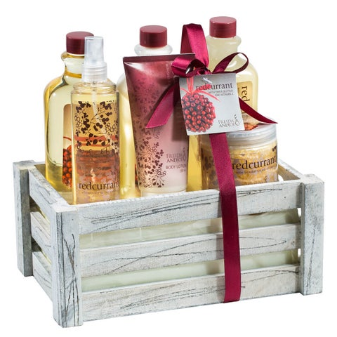 Antique Vintage Distressed White Wood Crate Redcurrant Holiday Bath Gift Set