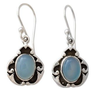 Handcrafted Sterling Silver 'Azure Dreams' Chalcedony Earrings (India)
