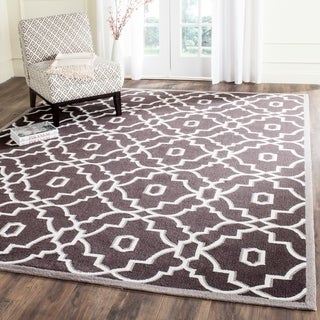 Safavieh Hand-Hooked Four Seasons Dark Grey / Ivory Polyester Rug (8' x 10')