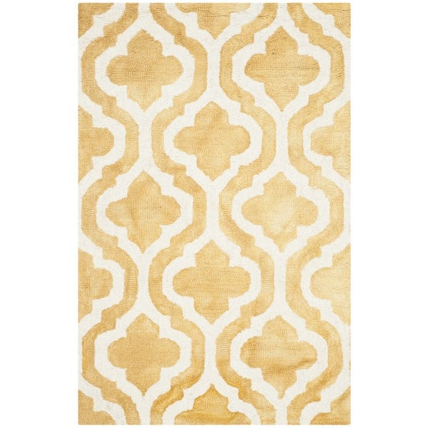 Safavieh Handmade Dip Dye Watercolor Vintage Gold/ Ivory Wool Rug (2'6 x 4')