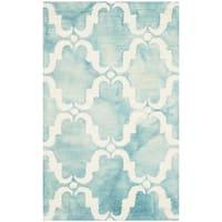 Safavieh Handmade Dip Dye Watercolor Vintage Turquoise/ Ivory Wool Rug - 2'6 x 4'