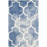 Safavieh Handmade Dip Dye Watercolor Vintage Navy/ Ivory Wool Rug - 2'6 x 4'