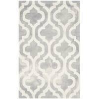 Safavieh Handmade Dip Dye Watercolor Vintage Grey/ Ivory Wool Rug - 2'6 x 4'