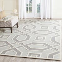 Safavieh Handmade Cambridge Grey/ Ivory Wool Rug - 5' x 8'