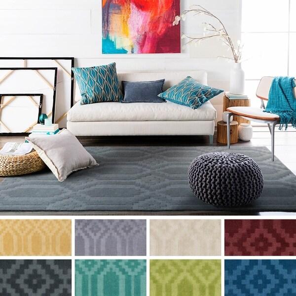 Hand-Loomed Hinckley Wool Rug (8' x 10') - 8' x 10'