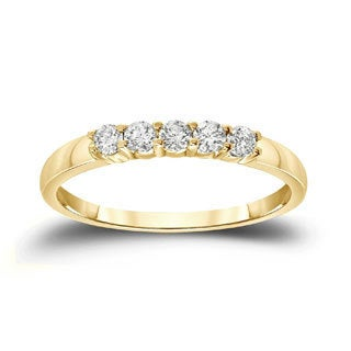 Auriya 14k Gold 1/4ct TDW Round Cut Diamond Wedding Band