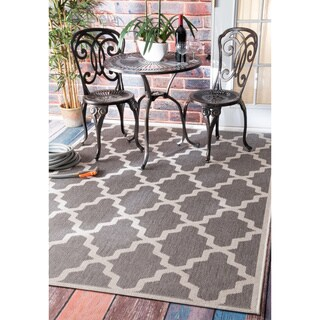 nuLOOM Indoor/ Outdoor Aperto Moroccan Trellis Porch Grey Rug (6'3 x 9'2)