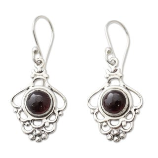 Handcrafted Sterling Silver 'Cascading Beauty' Garnet Earrings (India)