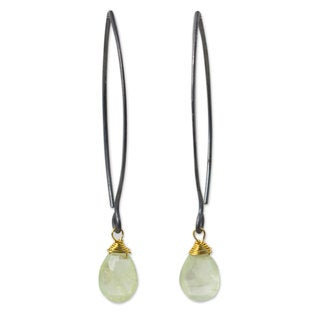 Sterling Silver 'Midnight Meadow' Prehnite Earrings (Thailand)