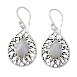 Handmade Sterling Silver 'Magical Beauty' Rainbow Moonstone Earrings (India)
