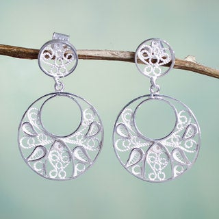 Handcrafted Sterling Silver 'Tunan Moon' Filigree Earrings (Peru)