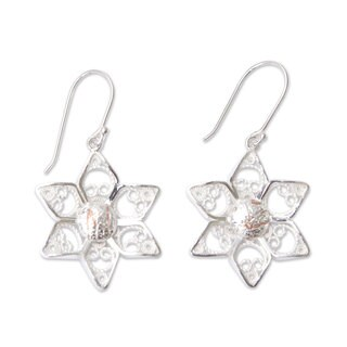 Handmade Sterling Silver 'Quechua Stars' Filigree Earrings (Peru)