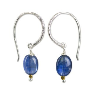 Handmade Sterling Silver 'Accents' Kyanite Earrings (Thailand)