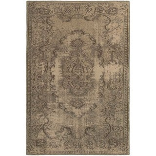Shabby Chic Oriental Tan/ Brown Rug (7'10 x 10'10)
