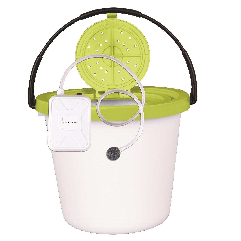Flambeau 8 Qt. Insulated Minnow Bucket with Portable Aera...