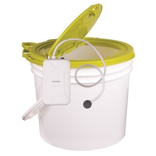 Flambeau 3.5 Gal. Insulated Minnow Bucket w/ Portable Aerator