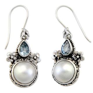 Silver 'Frangipani Trio' Pearl Topaz Earrings (13 mm) (Indonesia)