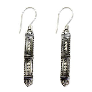 Handcrafted Sterling Silver 'Borneo Scepter' Earrings (Indonesia)